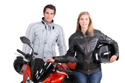 moto-pareja