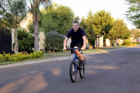 nino-bicicleta