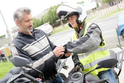 seguridad-motoriastas-proteccion