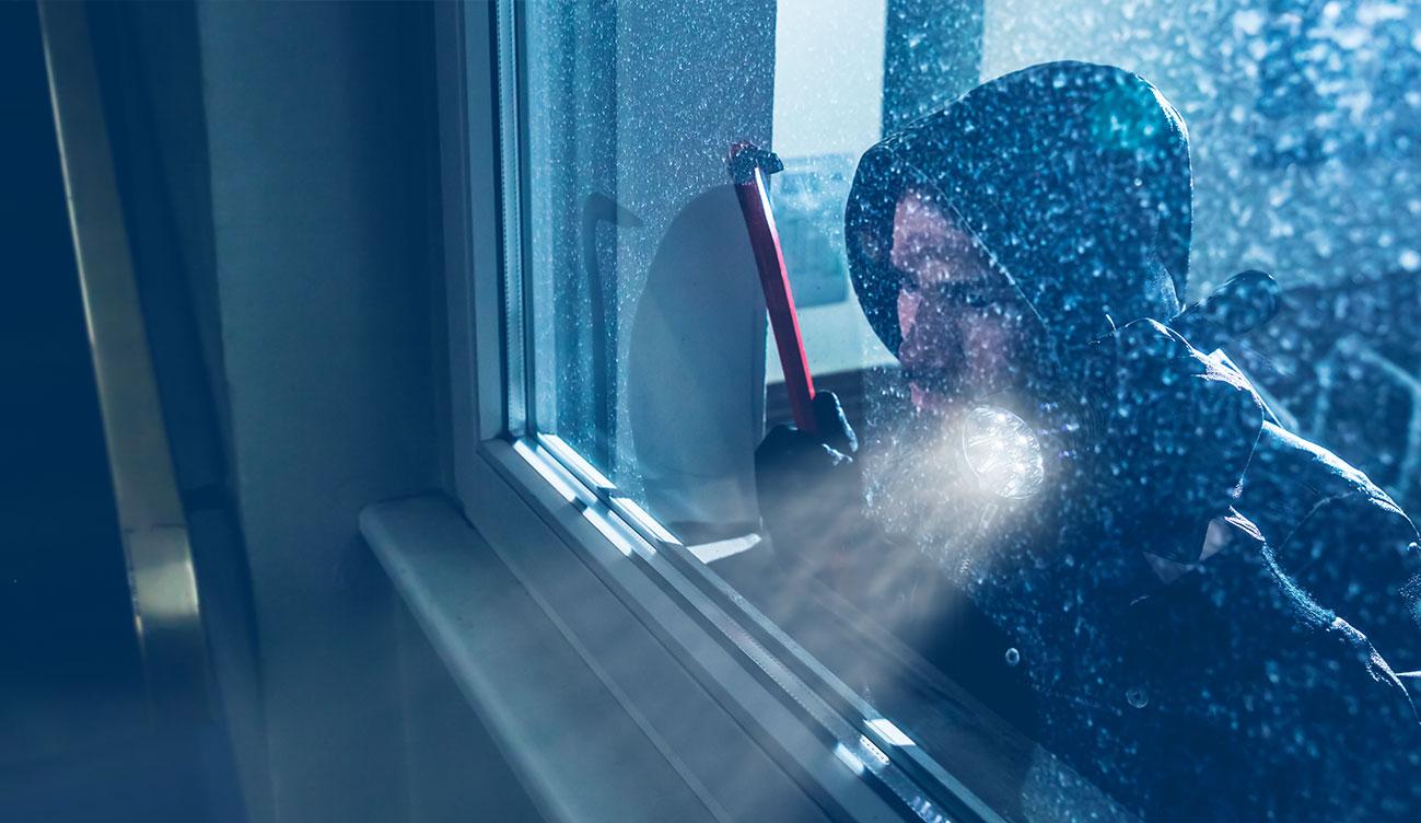 ¿Qué cubre tu Seguro de Hogar si roban en tu casa este verano?